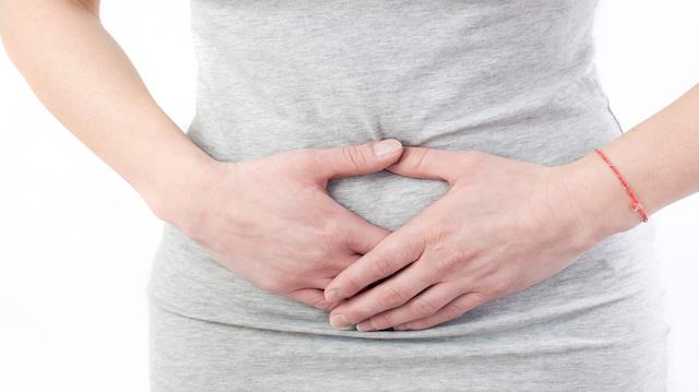 «حامل في الشهر الـ6 من غير بطن»