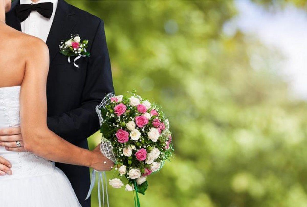 عبارات تهنئة عيد زواج صديقتي