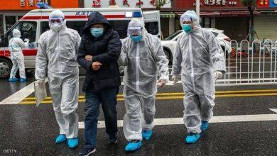 صورة لسبب غريب.. صينيون يعلقون حجارة في مناطق حساسة بعد الشفاء من كورونا (فيديو)